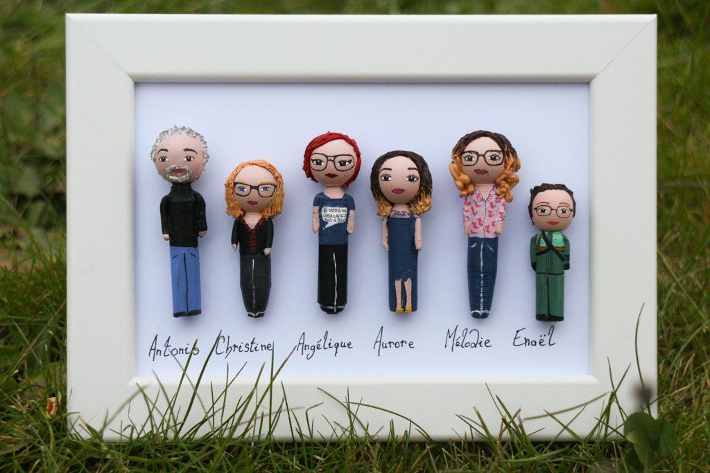 Cadre portrait 6 figurines